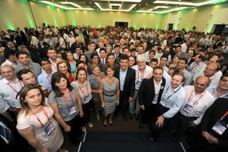 Encontro reúne 343 prefeitos e prefeitas em Foz do Iguaçu.